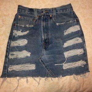 Distressed Levi's denim skirt